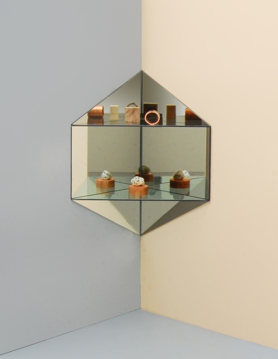 LG Studio_Mirage_Shelf_hexagon2